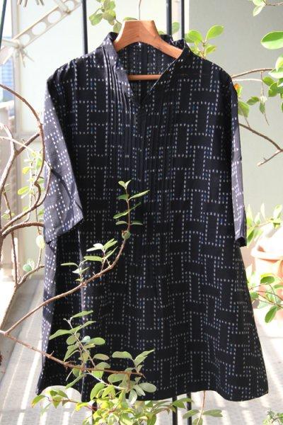 画像1: フリルブラウス七分袖(石畳) (1)